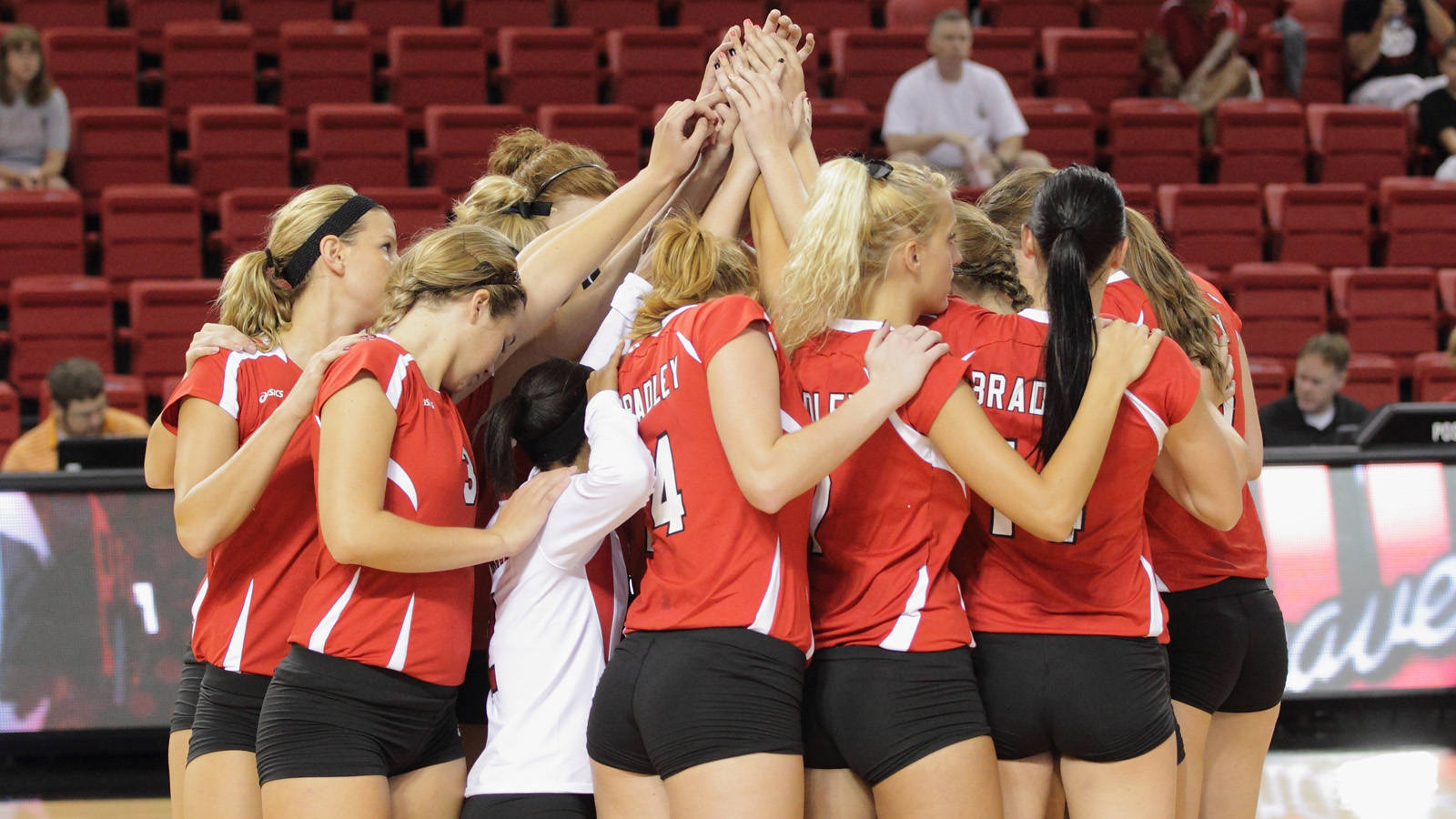 Volleyball Faces Road Tests At Indiana State Illinois State Bradley University Athletics